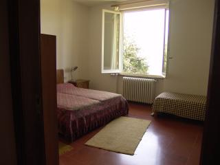 The Olives: Tuscan guest house with incredible view of Florence - Settignano vacation rentals
