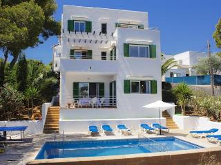 4 bedroom Villa with Internet Access in Cala d'Or - Cala d'Or vacation rentals