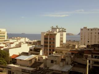 Ocean view,next to the beach - Rio de Janeiro vacation rentals