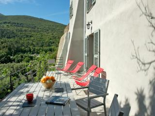 3 bedroom Gite with Internet Access in Luri - Luri vacation rentals