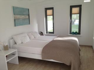 Cozy 2 bedroom Kamilari Finca with Deck - Kamilari vacation rentals