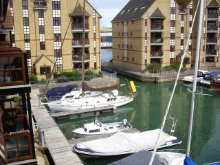 Wonderful 2 bedroom Shoreham-by-Sea Apartment with Internet Access - Shoreham-by-Sea vacation rentals