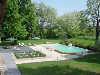 Perfect 2 bedroom Cottage in Bergerac with Grill - Bergerac vacation rentals