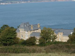 2 bedroom Apartment with Internet Access in Shanklin - Shanklin vacation rentals