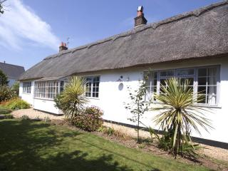 Charming House with Internet Access and Dishwasher in Bembridge - Bembridge vacation rentals