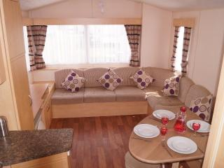 Holly - Church Farm Holiday Home - Pagham vacation rentals