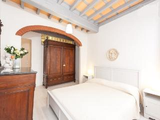 New Apartment in the heart of Florence - Florence vacation rentals