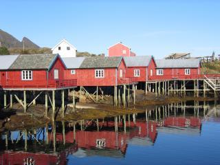 Log cabin in the fishing village Tind at Lofoten - Lofoten Islands vacation rentals