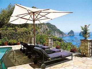 Beautiful 4 bedroom Villa in Capri - Capri vacation rentals