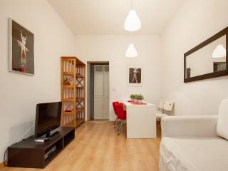 Apartment Plaza España 2BE 1BA - Madrid vacation rentals
