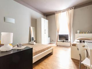 Lovely 1 bedroom B&B in Rome with Short Breaks Allowed - Rome vacation rentals