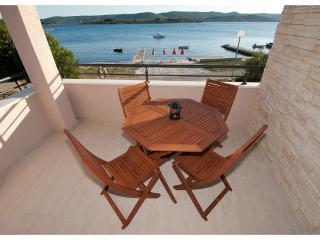 BonaMare - seafront apartment Zadar - Turanj vacation rentals