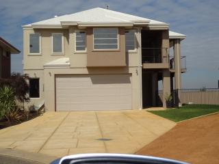 2 bedroom House with Internet Access in Jurien Bay - Jurien Bay vacation rentals