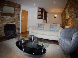 2bed loft style zone 1 (2) - London vacation rentals