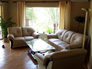 Comfortable 8 bedroom Lodge in Phalaborwa with Deck - Phalaborwa vacation rentals