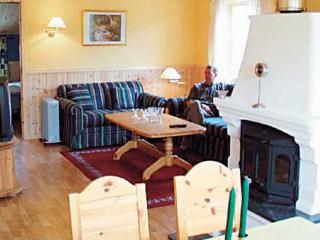 Perfect 4 bedroom Haugesund Villa with Internet Access - Haugesund vacation rentals