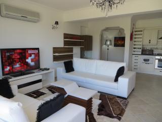 New Luxury Apartment in Uzumlu - Yesiluzumlu vacation rentals