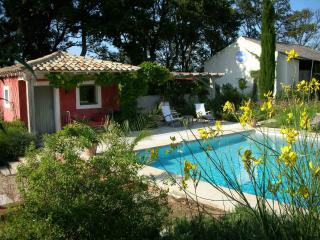 Bright 9 bedroom House in Valreas - Valreas vacation rentals