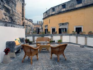 Palazzo Massa-Dattilo - LECCE - Lecce vacation rentals