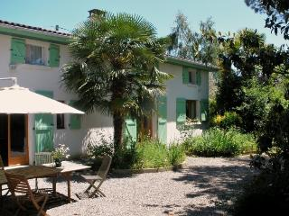 Bright 4 bedroom Guest house in Sentaraille - Sentaraille vacation rentals