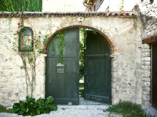 Lovely 2 bedroom B&B in Cison Di Valmarino - Cison Di Valmarino vacation rentals