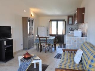 Nice House with Internet Access and A/C - Avola vacation rentals