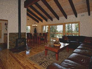 5mi.from Northstar, Hot Tub, GameRoom, WiFi,Dog OK - Tahoe Vista vacation rentals