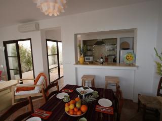 3 bedroom Townhouse with Internet Access in Fuente de Piedra - Fuente de Piedra vacation rentals