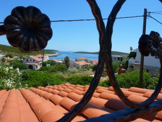 Beautiful Condo with Internet Access and A/C - Rukavac vacation rentals