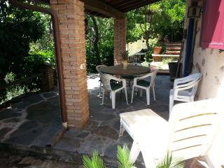 Bright 2 bedroom House in Stazzema - Stazzema vacation rentals