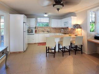 Nice 2 bedroom Townhouse in Warrens - Warrens vacation rentals