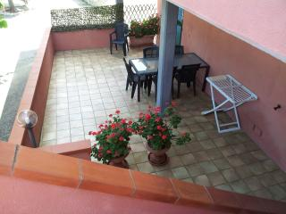 ISOLA D'ELBA Trilocale LUCRY-3 sul mare - Procchio vacation rentals