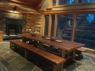 Comfortable House with Deck and Internet Access - Canmore vacation rentals