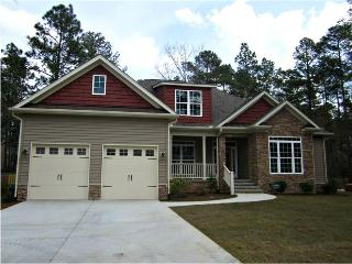 AME Golf House - 6 BR - Sleeps 8 - 12 - Built by Golfers, for Golfers - Suitable for Large Families or Wedding Parties - Pinehurst vacation rentals