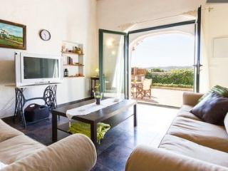 N'Aiguardent - Beautiful Apartment in Menorca - Mahon vacation rentals