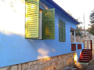 Perfect 1 bedroom House in Vis - Vis vacation rentals