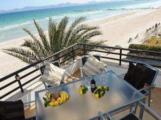 Beach apartment in (website: hidden) - Puerto de Alcudia vacation rentals