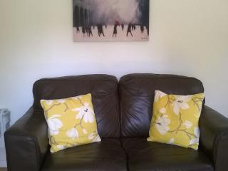 Comfortable Cottage with Internet Access and Parking - Eynsham vacation rentals