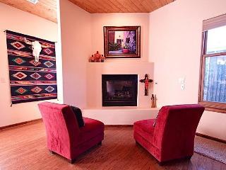 Beautiful Inviting Condo in Heart of Santa Fe - Santa Fe vacation rentals