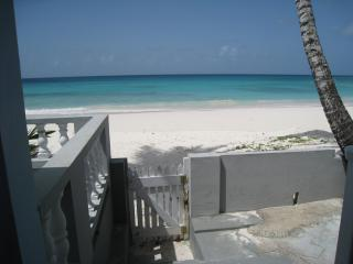 Goodwyn Beach Cottage - Maxwell vacation rentals
