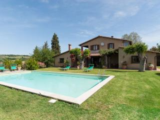 Perfect Villa with Internet Access and Television - Otricoli vacation rentals