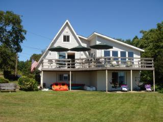 Waterfront Home on upper Narragansett Bay - Providence vacation rentals