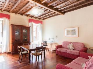 Trevi III -Trevi Fountain area - Rome vacation rentals