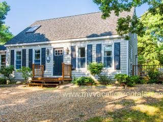 YANKB - Westminster Acres, WiFi - Edgartown vacation rentals