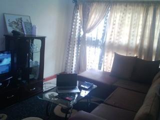 Lovely 1 bedroom Condo in Nairobi with Deck - Nairobi vacation rentals