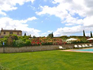 Agriturismo Giulia in Tuscany, apt. Lavanda - Castelfiorentino vacation rentals