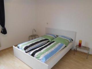 B5 Huge apartment in Bergisch Gladbach Refrath - Delbrück vacation rentals