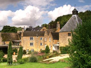 Old Brewery House, Stow-on-the-Wold, Cotswolds - Stow-on-the-Wold vacation rentals