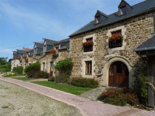 La Vieille Ferme at La Julerie - Corseul vacation rentals