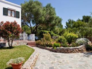 Cozy 3 bedroom Villa in Cala Galdana - Cala Galdana vacation rentals